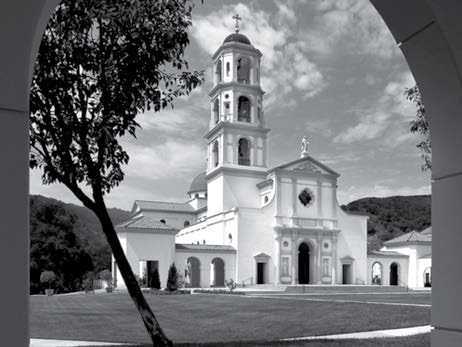 A triumph of living tradition, Thomas Aquinas College's Our Lady of the Most Holy Trinity Chapel (below), provides a nod toward the Spanish Mission style native to the American West coast and illustrates the classical principles of harmony and proportion.